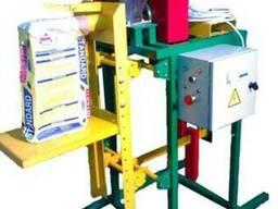 Дозатор (полуавт.) для пылящих в клапанные мешки 033.12.02
