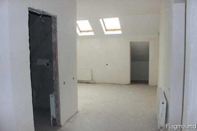 Двухкомнатная квартира в центре, эксклюзив, 95,9 кв. м.